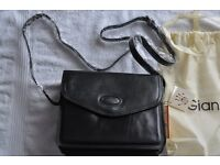 BNWT Gianni Conti Italian Fine luxury Leather dark navy Flap Shoulder Handbag Bag not Gucci