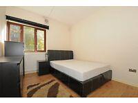Tiber Gardens Copenhagen Street N1 2 bed PRIVATE GARDEN **480**