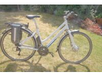 Giant twist electris bike, very good condition with charger