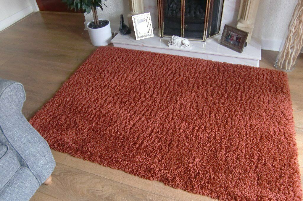 Dunelm Mill Rugs In East End Glasgow