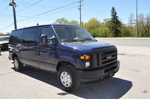 2011 Ford E-150 ONLY 71,000  KMS.REAR HEAT