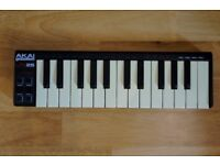AKAI LPK25 Midi controller keyboard