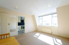 A bright and airy top floor apartment to rent in good decorative order in central Fulham Broadway.