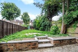 Lordship Lane - bright and airy two bedroom victorian conversion with generous private garden
