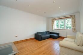 A newly refurbished two bedroom flat set within a beautiful mansion block, Ranelagh Gardens, SW6