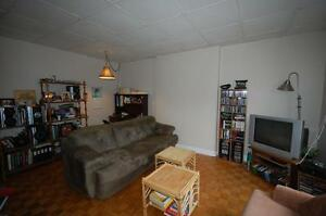 444RENT- Across from Dal- Beautiful 1 Bedroom - Avail  August!