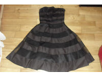 AGE 13 YEARS BLACK STRAPLESS DRESS WITH UNDERSKIRTS + NETTING UNDERNEATH