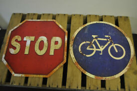 stop sign and bike sign metal signs