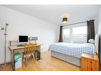A Double Room ( £180 PW ) A Single Room ( £150 PW) Clapham Junction/Wandsworth ALL BILLS INCLUSIVE