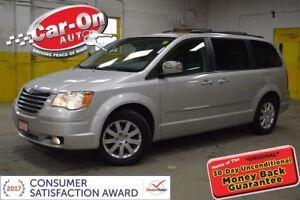 2010 Chrysler Town & Country Touring 4.0L V6 DVD