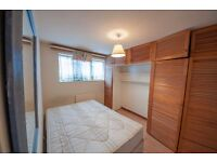 ***DSS Accpeted*** Beautiful 3 Bedroom Property with Off Street Parking***