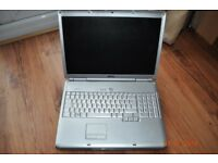 Laptop - : Dell Inspiron 1720 - (Defaults to External monitor only)