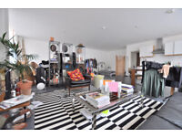 Large Live / Work Studio by Old Street Station