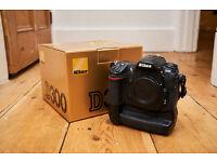 Nikon D300 DSLR Body