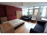 BEAUTIFUL DOUBLE room with PRIVATE GARDEN in STEPNEY GREEN. ALL INCLUDED