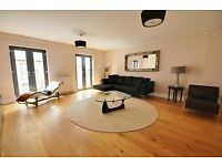 Modern 2 bed 2 bathroom conversion available now! call for a viewing before it is let!!