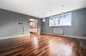 Large Two bedrooms flat for rent, in the heart of Crouch End with allocated parking