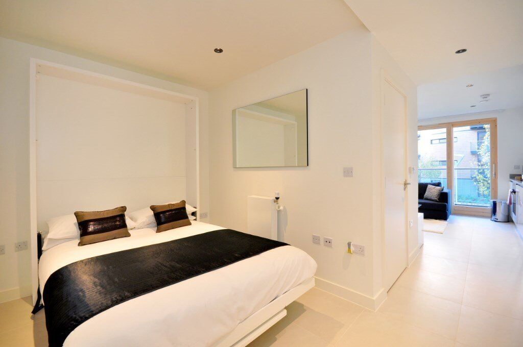 SPACIOUS STUDIO SUITE WAPPING LANE BINNACLE HOUSE E1W DESIGNER FURNISHED BALCONY SPA GYM CONCIERGE