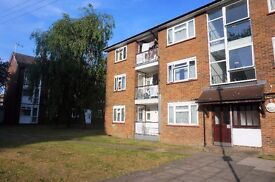 3 Double Bedroom Ground Floor Flat With Balcony, East Finchley, N2 - £1,600 per calendar month