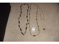 SELECTION OF COSTUME JEWELLERY BEADS, 3 TIER NECKLACE + PENDANTS