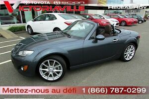 2011 Mazda MX-5 GT  Cuir  Impeccable !