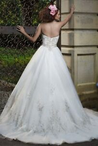 Wedding dress $800