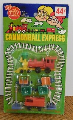 Vintage The Toy House CANNONBALL EXPRESS 8 Piece Kid's Play Train Set 44 cents