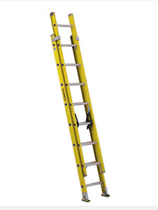 Featherlite  fiberglass extension ladder 16 feet