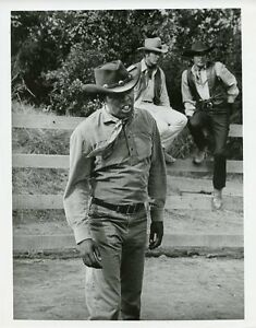PETER BRECK LEE MAJORS OTIS YOUNG THE BIG VALLEY ORIGINAL 1967 ABC TV PHOTO