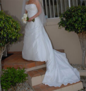 Maggie Sottero pre loved wedding dress size 12 Moorebank Liverpool Area Preview