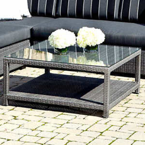 Patio sitting table w/glass top