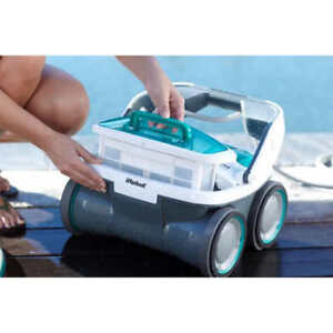Cleaning pool Irobot Mirra