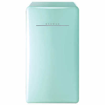 Daewoo Retro 4.4 CuFt Compact Refrigerator, Mini Fridge, Light Green, NO TAX