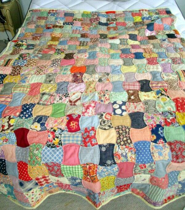 VINTAGE HAND STITCHED QUILT FEED SACKS & OLD FABRICS FLANNEL BACK