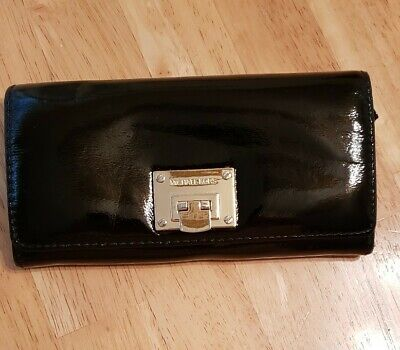 Michael Kors Carryall Flap with Clasp Clutch Wallet Black & Gold