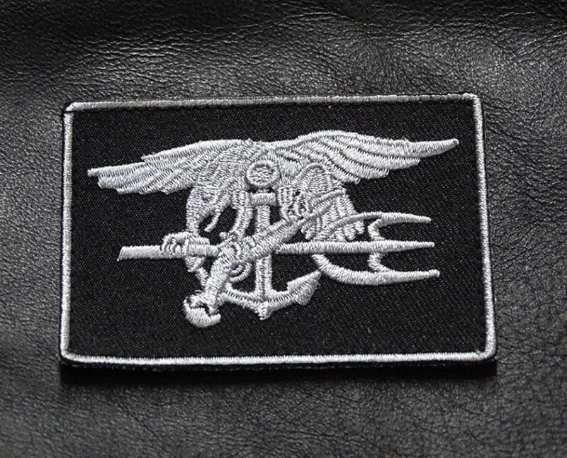 NAVY SEAL TRIDENT SWAT EAGLE SEAL HOOK PATCH