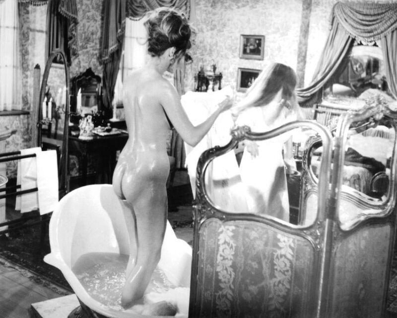 The Vampire Lovers Ingrid Pitt Madeline Smith 8x10 Photo Print