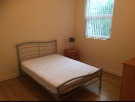 Room to rent - Wellesley Avenue, Lisburn Road, BT9 6DH