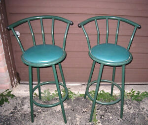 2 Metal Green Swivel Bar Stools in good condition