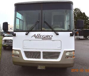 Tiffin Allegro 2005 32BA