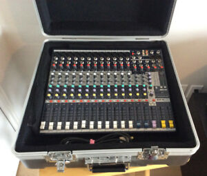 Mixer EFX 12 Soundcraft