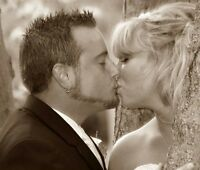 Getting Married & Looking for a Photographer? Book today!