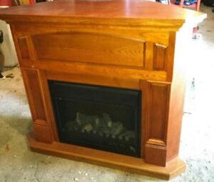 meuble avec foyer électrique, manette  St-Georges-de-Champlain