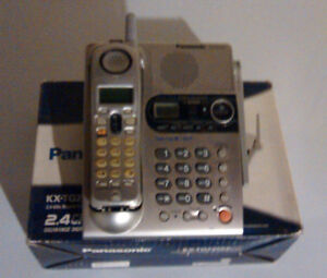 Panasonic Wireless Phone w/ Answering System & Caller ID