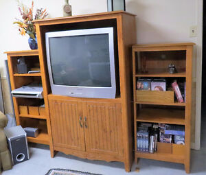 Entertainment unit & bookcases