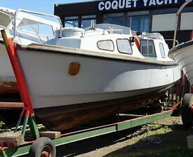 Cheverton 7.5m motor boat