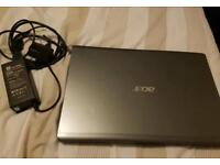 Acer aspire laptop barely used for sale *broken screen*