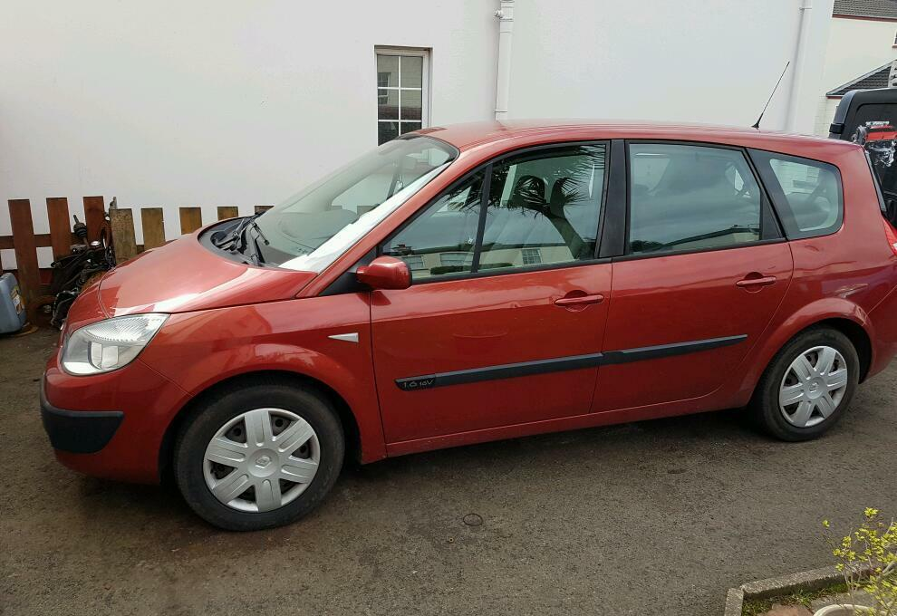 2006 renault megane grand scenic 1 6 16 vvt 7 seater in larne county antrim gumtree. Black Bedroom Furniture Sets. Home Design Ideas