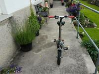 Electric small travel folding bike lovely condition.
