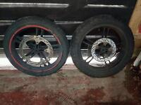 yzf r125 front and rear wheels